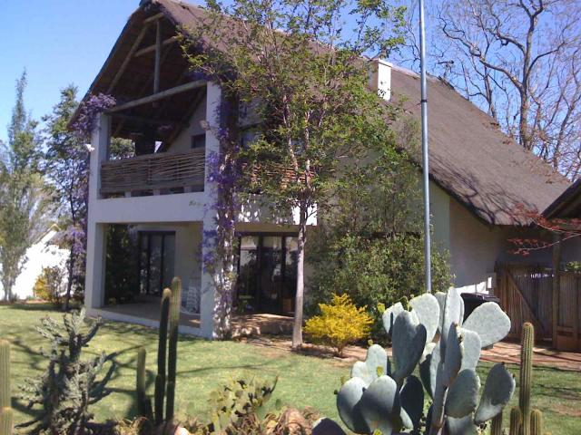5 Bedroom House for Sale For Sale in Olivedale - Private Sale - MR080852