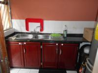 Kitchen - 17 square meters of property in Westdene
