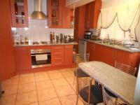 Kitchen - 25 square meters of property in Rosettenville