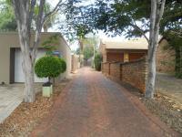 4 Bedroom 3 Bathroom in Pretoria Gardens