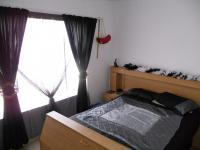 Bed Room 2 - 13 square meters of property in Greenhills
