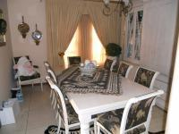 Dining Room - 15 square meters of property in Faerie Glen