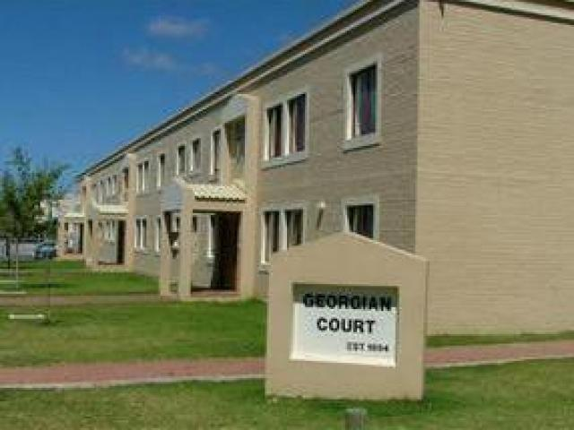 1 Bedroom Apartment for Sale For Sale in Somerset West - Home Sell - MR081276