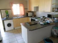 Kitchen - 12 square meters of property in Monavoni