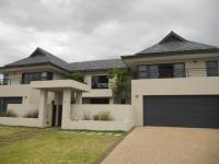 6 Bedroom 1 Bathroom in Paarl
