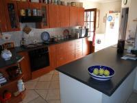 Kitchen - 20 square meters of property in Moregloed