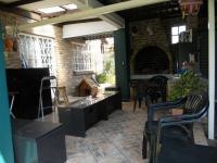Patio - 25 square meters of property in Wierdapark