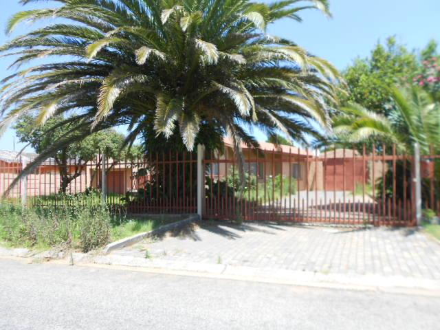 Standard Bank EasySell 3 Bedroom House For Sale in Boksburg - MR081617