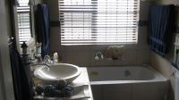 Bathroom 1 - 7 square meters of property in Parklands