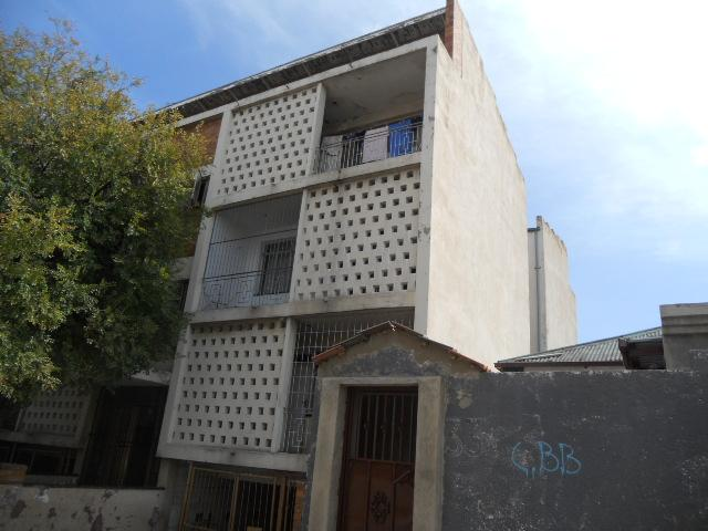 Standard Bank Repossessed 3 Bedroom Sectional Title for Sale For Sale in Yeoville - MR082069
