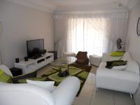 Lounges - 20 square meters of property in Chantelle