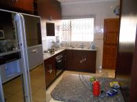 Kitchen - 13 square meters of property in Chantelle