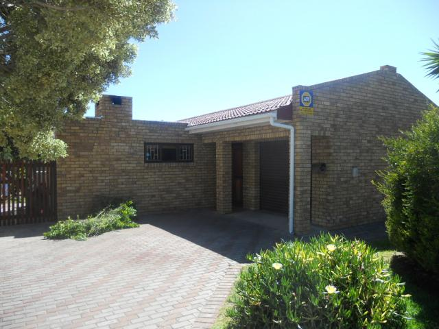 3 Bedroom House for Sale For Sale in Saldanha - Home Sell - MR082168