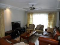 Lounges - 15 square meters of property in Kingsburgh