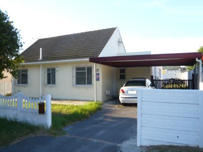 3 Bedroom House for Sale For Sale in Bothasig  - Home Sell - MR08227