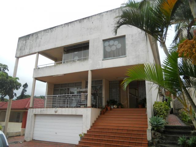 Standard Bank Repossessed 5 Bedroom House on online auction in Sydenham  - DBN - MR082548