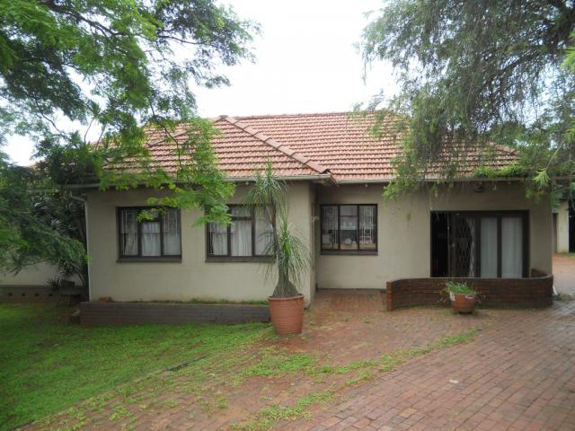 Standard Bank Repossessed 3 Bedroom House for Sale on online auction in Montclair  - MR082660