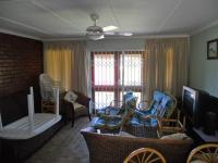 Lounges - 20 square meters of property in Leisure Bay