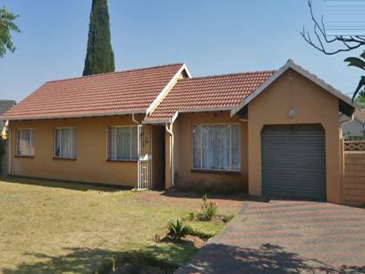 3 Bedroom House For Sale in Benoni - Private Sale - MR08281