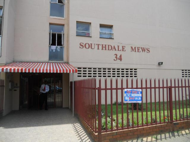 Standard Bank EasySell 2 Bedroom Apartment For Sale in Booysens - MR082834