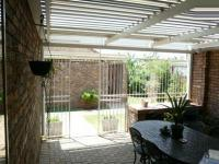 Patio - 23 square meters of property in Clarina