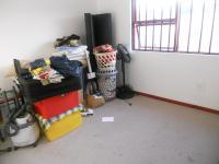 Main Bedroom - 14 square meters of property in Grassy Park
