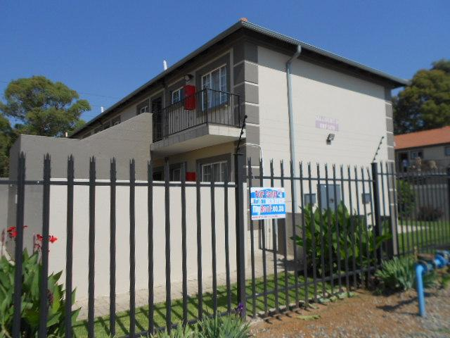 2 Bedroom Sectional Title for Sale and to Rent For Sale in Springs - Home Sell - MR083145