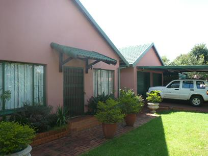 3 Bedroom House for Sale For Sale in Pierre van Ryneveld - Home Sell - MR08316
