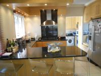 Kitchen - 14 square meters of property in Bedfordview