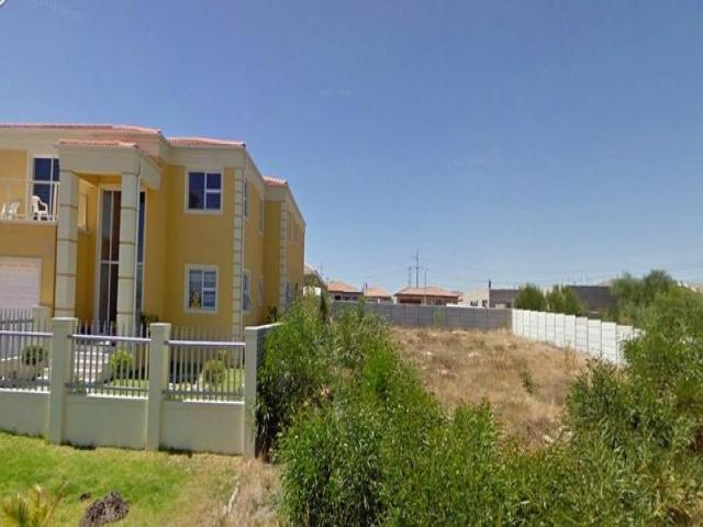 Land for Sale For Sale in Rouxville - CPT - Private Sale - MR083752