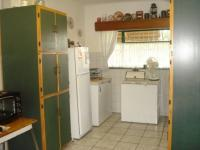 Kitchen - 16 square meters of property in Barberton