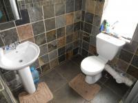 Bathroom 1 - 5 square meters of property in Sundowner