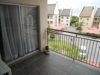 Patio - 10 square meters of property in Sundowner