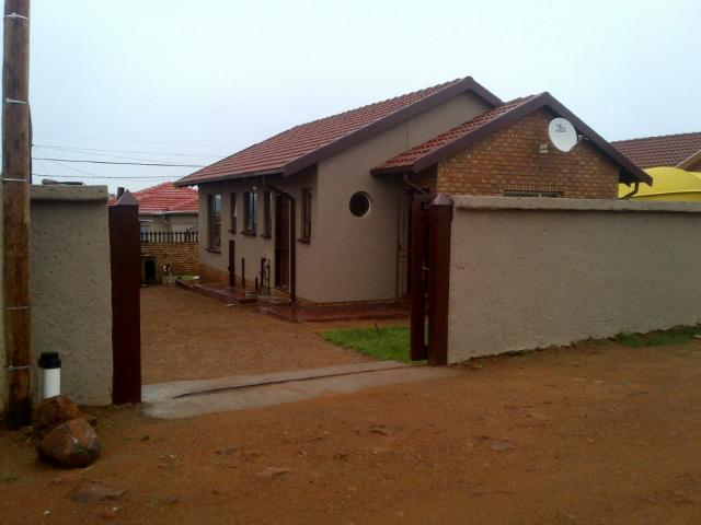 3 Bedroom House for Sale For Sale in Soshanguve - Private Sale - MR084143