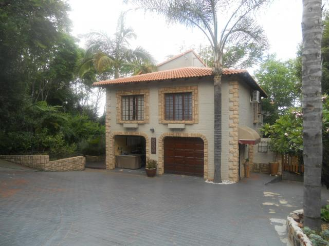 Standard Bank Repossessed 6 Bedroom House for Sale on online auction in Moreletapark - MR084236