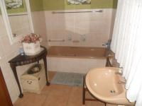 Bathroom 1 - 7 square meters of property in Moreletapark