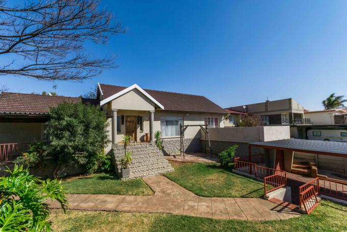 Standard Bank EasySell House for Sale For Sale in Silverfields - MR084254