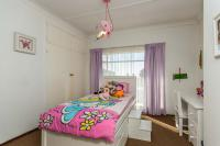 Bed Room 1 - 12 square meters of property in Silverfields