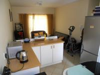 Kitchen - 12 square meters of property in Greenhills
