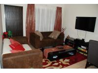 Lounges - 40 square meters of property in Benoni