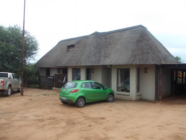 3 Bedroom House for Sale For Sale in Hoedspruit - Private Sale - MR084901