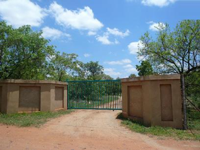 Standard Bank Repossessed 3 Bedroom House for Sale For Sale in Derdepoortpark - MR08499