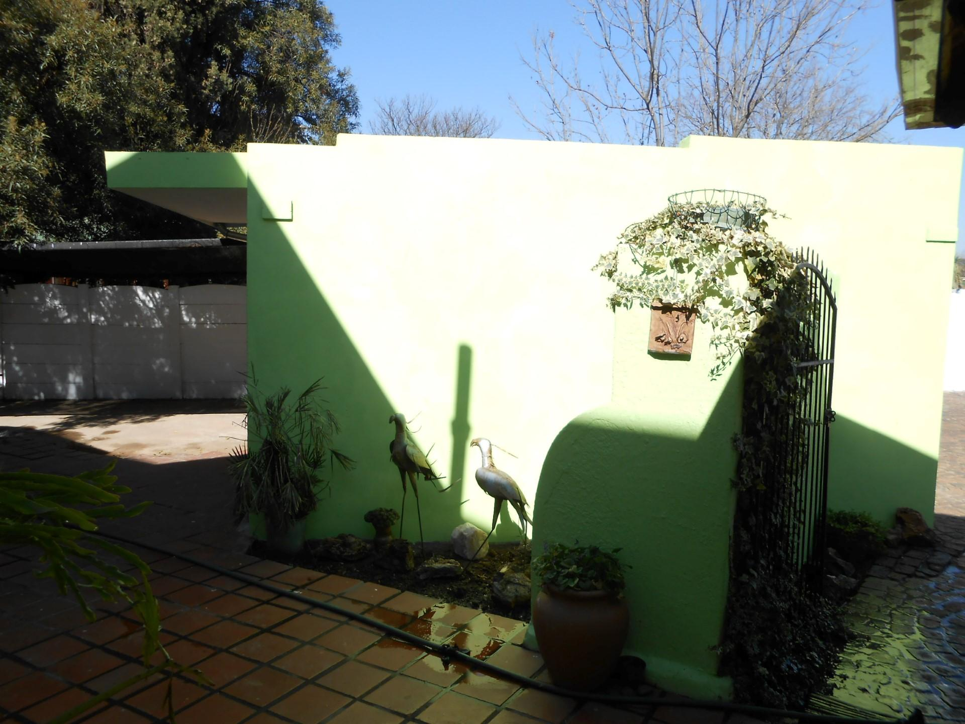 Spaces - 29 square meters of property in Benoni
