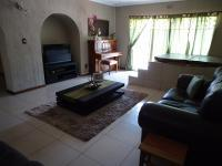 Lounges - 44 square meters of property in Boksburg