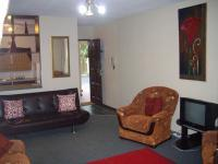 Lounges - 15 square meters of property in Margate