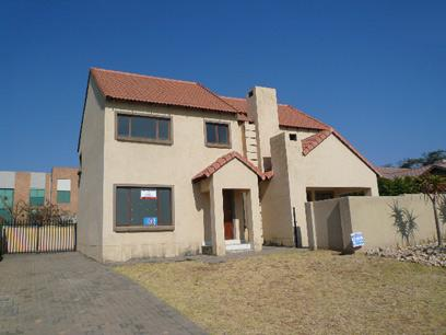 Standard Bank Repossessed 3 Bedroom House on online auction in Tijger Vallei - MR08517