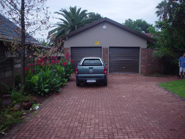 4 Bedroom House For Sale in Middelburg - MP - Private Sale - MR085244