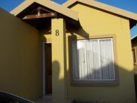 2 Bedroom 1 Bathroom in Mohlakeng