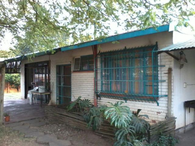 3 Bedroom House for Sale For Sale in Rustenburg - Home Sell - MR085657