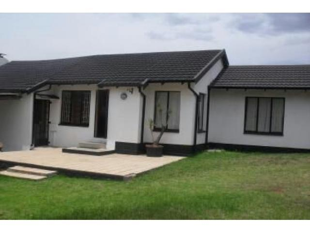 2 Bedroom House for Sale For Sale in Groblerpark - Private Sale - MR085784